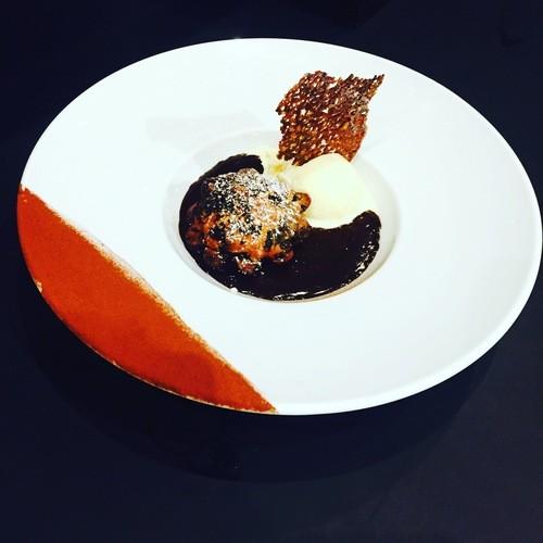 Mandise au nutella, ganache chocolat et sa boule de glace vanille